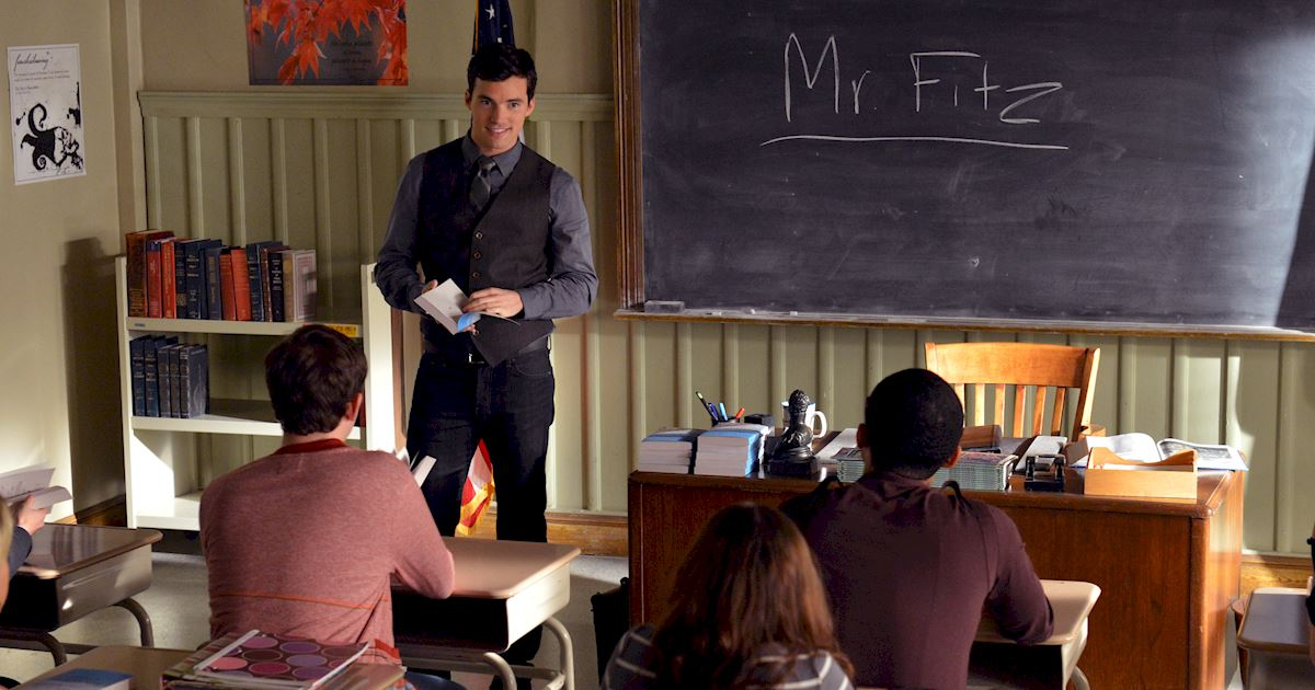 Pretty Little Liars - 22 Reasons Ezra Would Make The Perfect Husband! - 1013