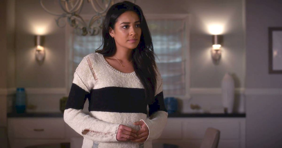 Pretty Little Liars - We Love Emily's Monochrome Style In Episode 6 Of PLL - 1005