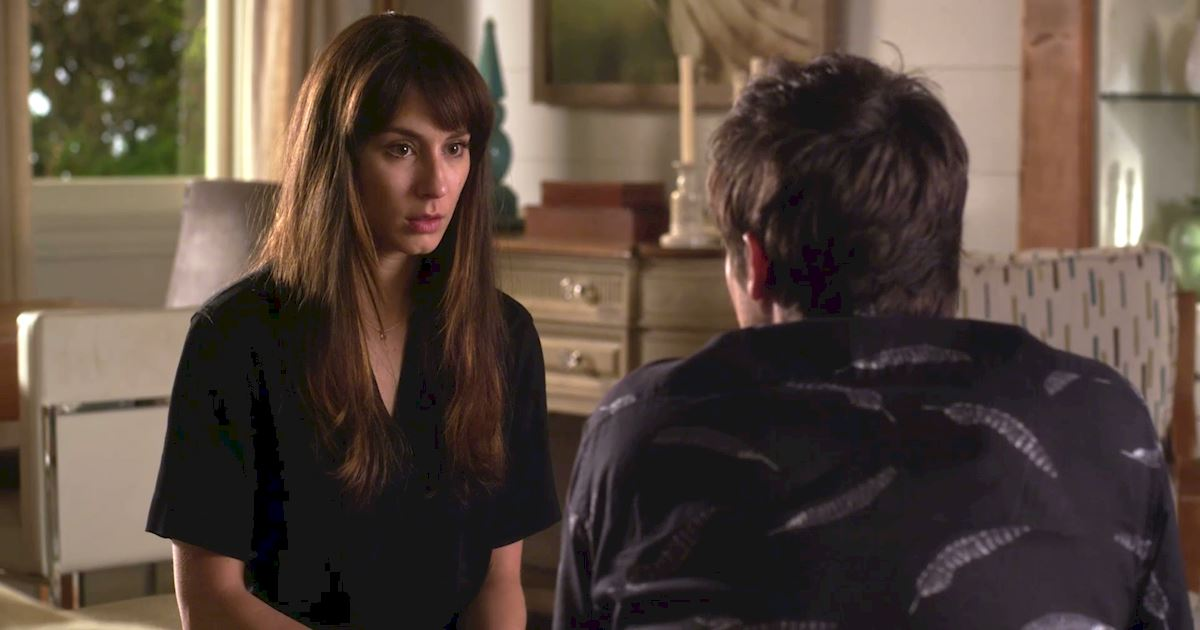 Pretty Little Liars - Your Official Recap for Season 7 Episode 6: Wanted Dead Or Alive - 1009