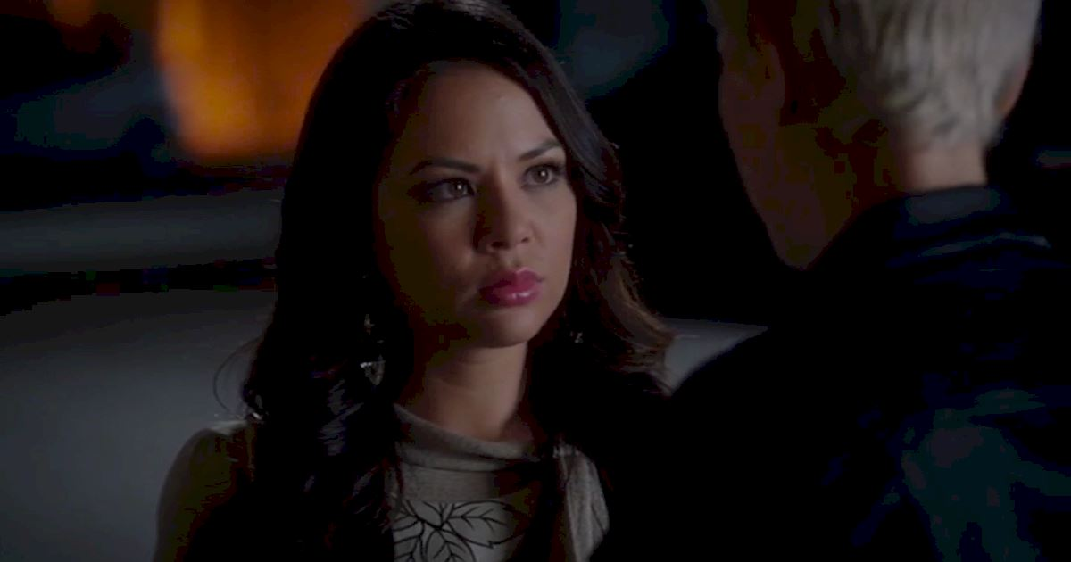 Pretty Little Liars - The Dramatic Rise And Fall Of Miss Sara Harvey! - 1020