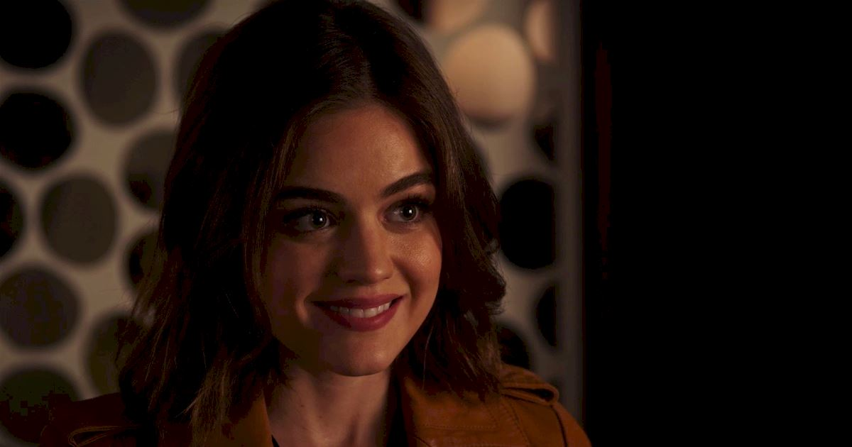 Pretty Little Liars - To Elope Or Not To Elope: What Will Happen To Ezria? - 1010