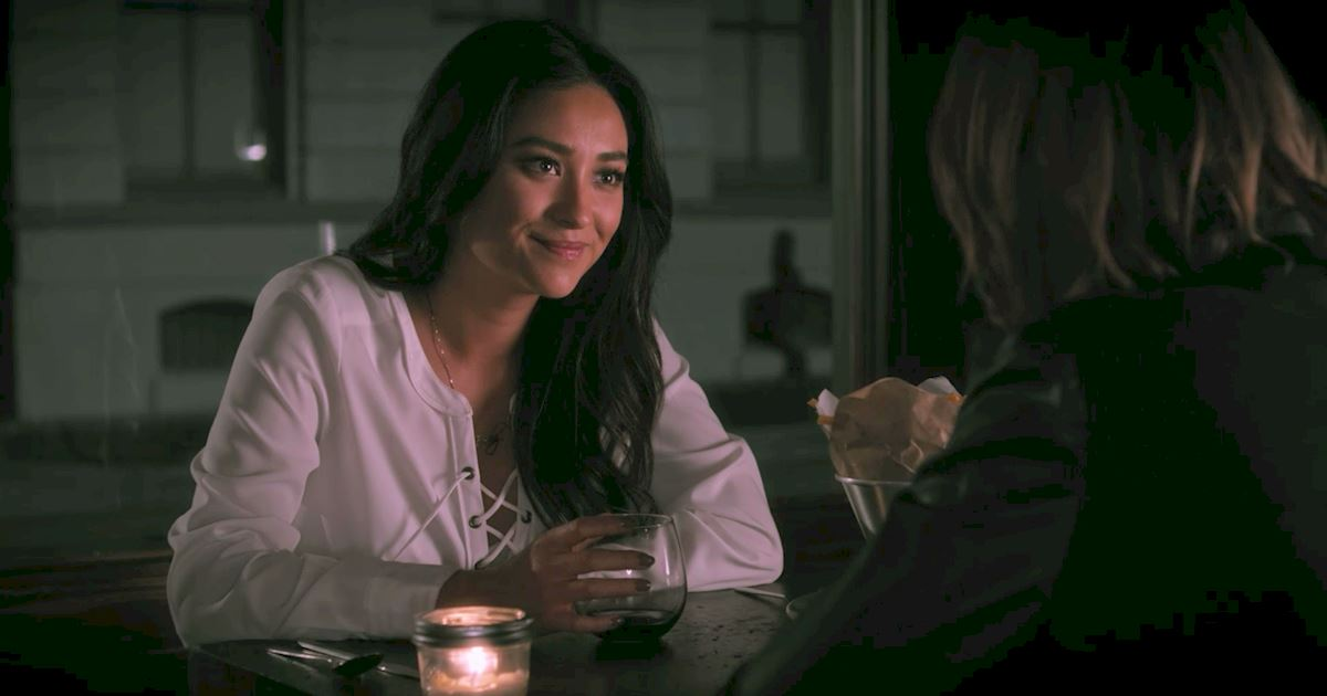 Pretty Little Liars - The 23 Things You Need To Know From Episode 8 Of PLL! - 1020