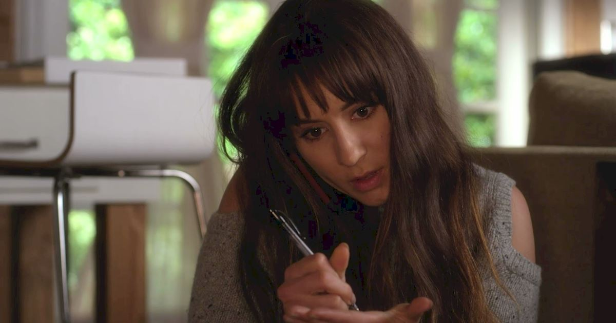Pretty Little Liars - The 23 Things You Need To Know From Episode 8 Of PLL! - 1014