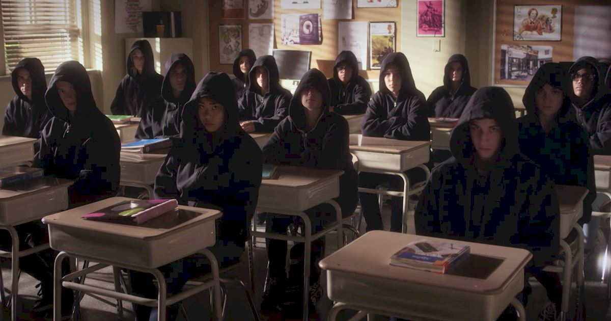 Pretty Little Liars - The 23 Things You Need To Know From Episode 8 Of PLL! - 1009