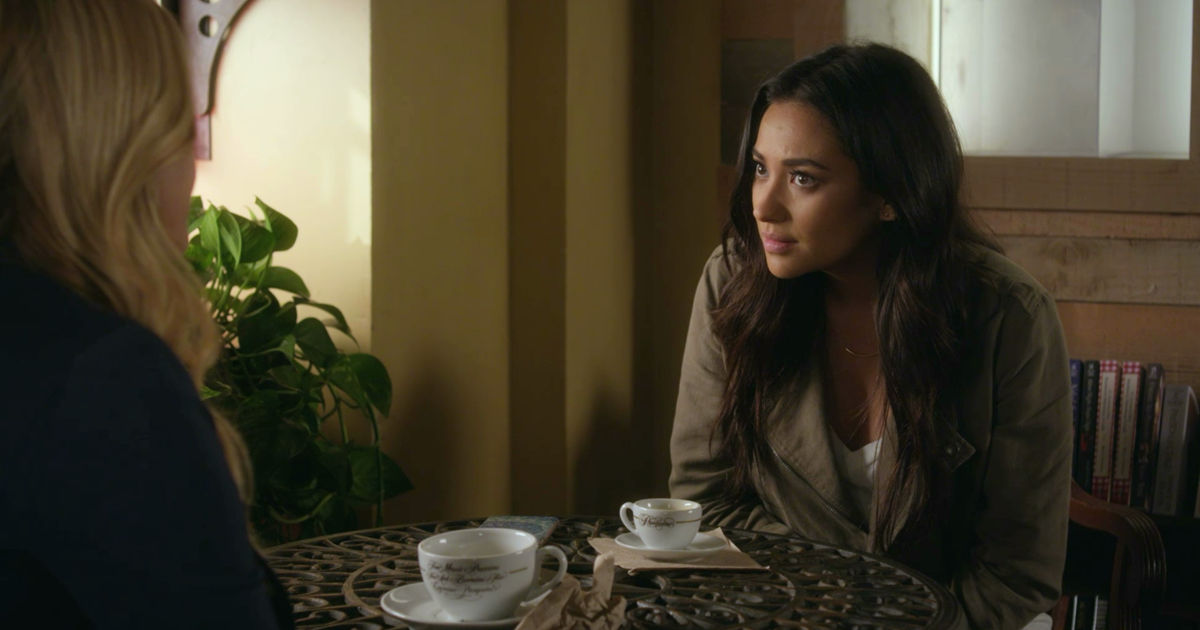 Pretty Little Liars - Your Official Recap for Season 7 Episode 8: Exes And OMGs - 1003