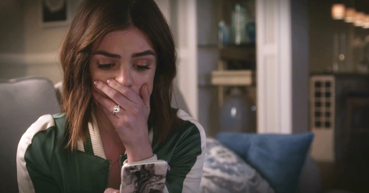 Pretty Little Liars - Nicole Isn't Coming Home So Can Ezria Just Say 'I Do' Already?! - 1018