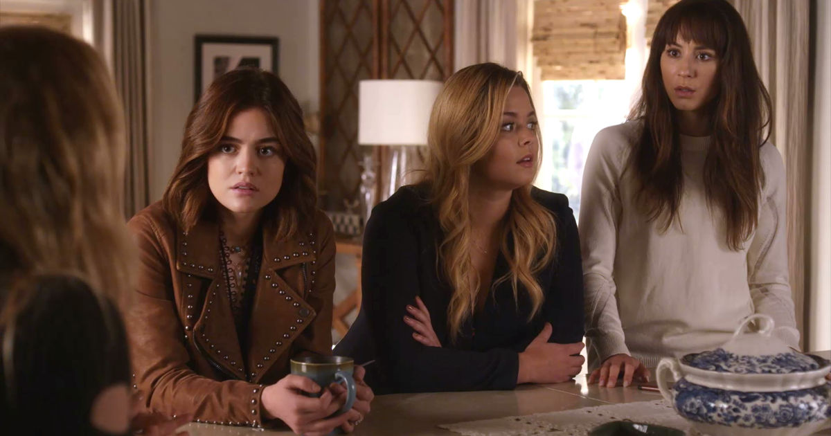 Pretty Little Liars - OMG! Check Out The 32 Crazy Things We Learned From The Epic PLL Summer Finale - 1021