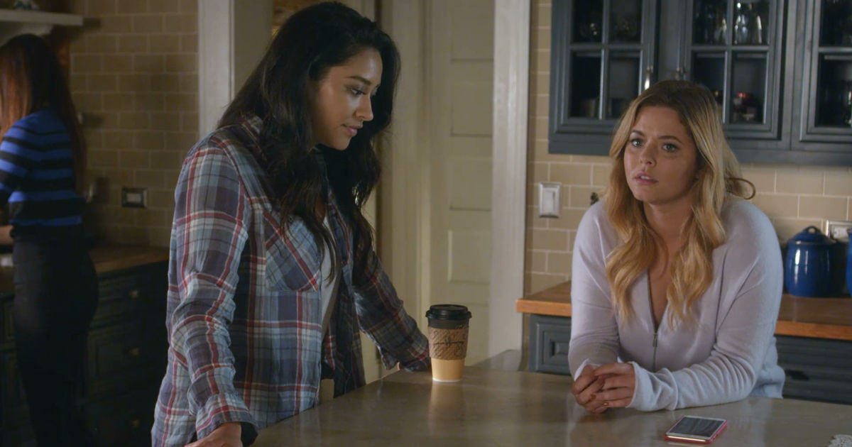 Pretty Little Liars - OMG! Check Out The 32 Crazy Things We Learned From The Epic PLL Summer Finale - 1008