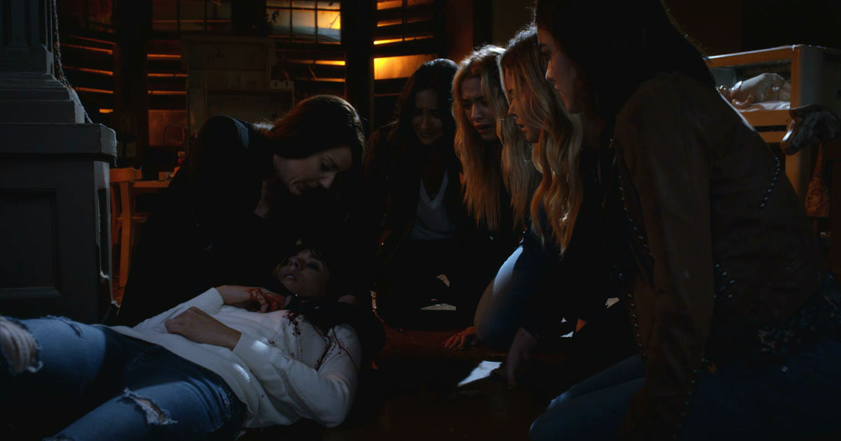 Pretty Little Liars - OMG! Check Out The 32 Crazy Things We Learned From The Epic PLL Summer Finale - 1029