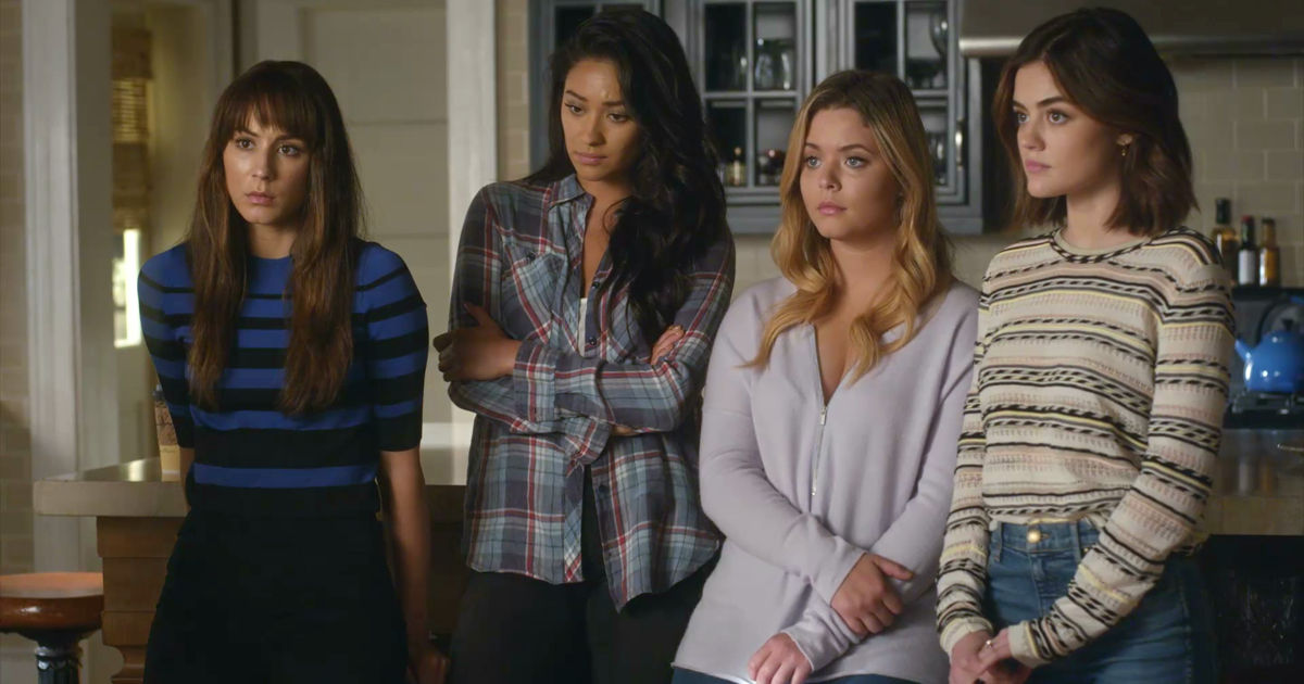 Pretty Little Liars - OMG! Check Out The 32 Crazy Things We Learned From The Epic PLL Summer Finale - 1009