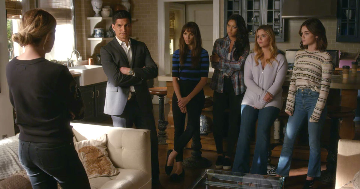 Pretty Little Liars - Noel Escapes Under Mona's Watch! Is Miss Vanderwaal Up To Her Old Tricks Again? - 1003