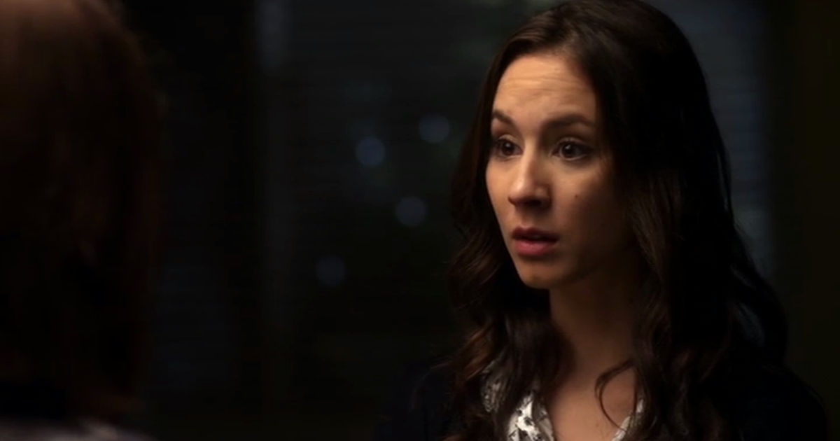 Pretty Little Liars - Can You Believe Spencer Is Mary Drake's Daughter?! - 1008