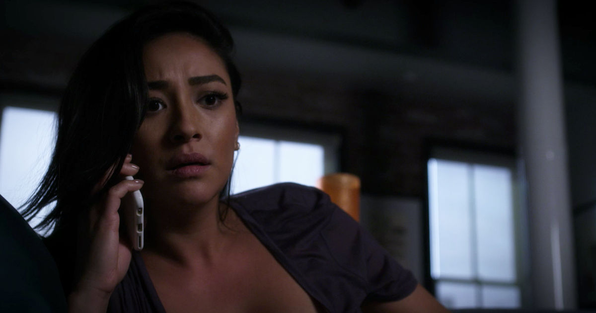 Pretty Little Liars - Catch Up With All The Emison Highs and Lows From Season 7A Right Here!  - 1009