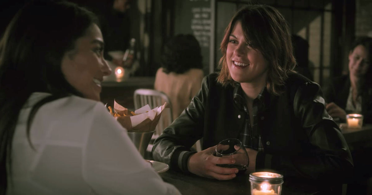 Pretty Little Liars - Catch Up With All The Emison Highs and Lows From Season 7A Right Here!  - 1016