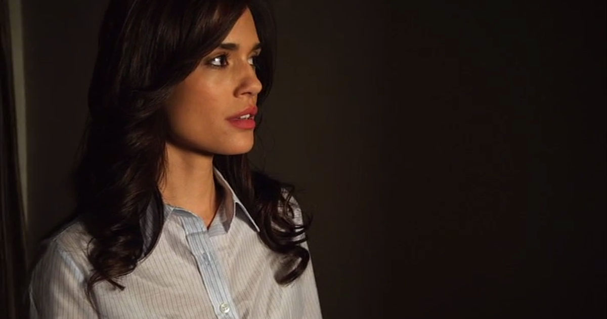 Pretty Little Liars - How Did 'A' Know Everything About The Liars In Season 1?! - 1003