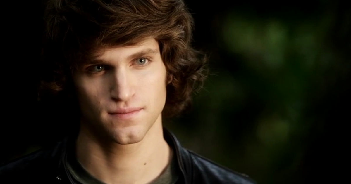 Pretty Little Liars - Jenna's Obsession With Toby Has Spanned 7 Seasons! Will She EVER Leave Him Alone?! - 1004