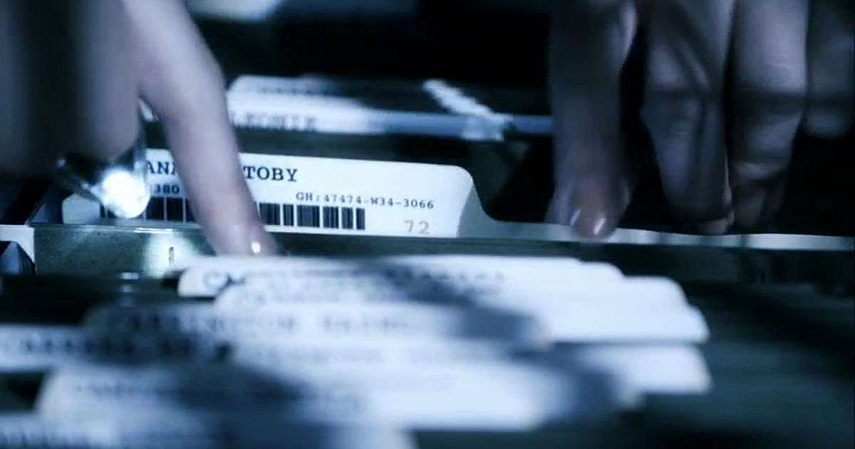 Pretty Little Liars - Jenna's Obsession With Toby Has Spanned 7 Seasons! Will She EVER Leave Him Alone?! - 1003