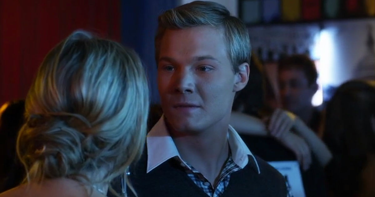 Pretty Little Liars - Lucas And Hanna's Unlikely Friendship Gave Us All The Feels In Season 1!  - 1018