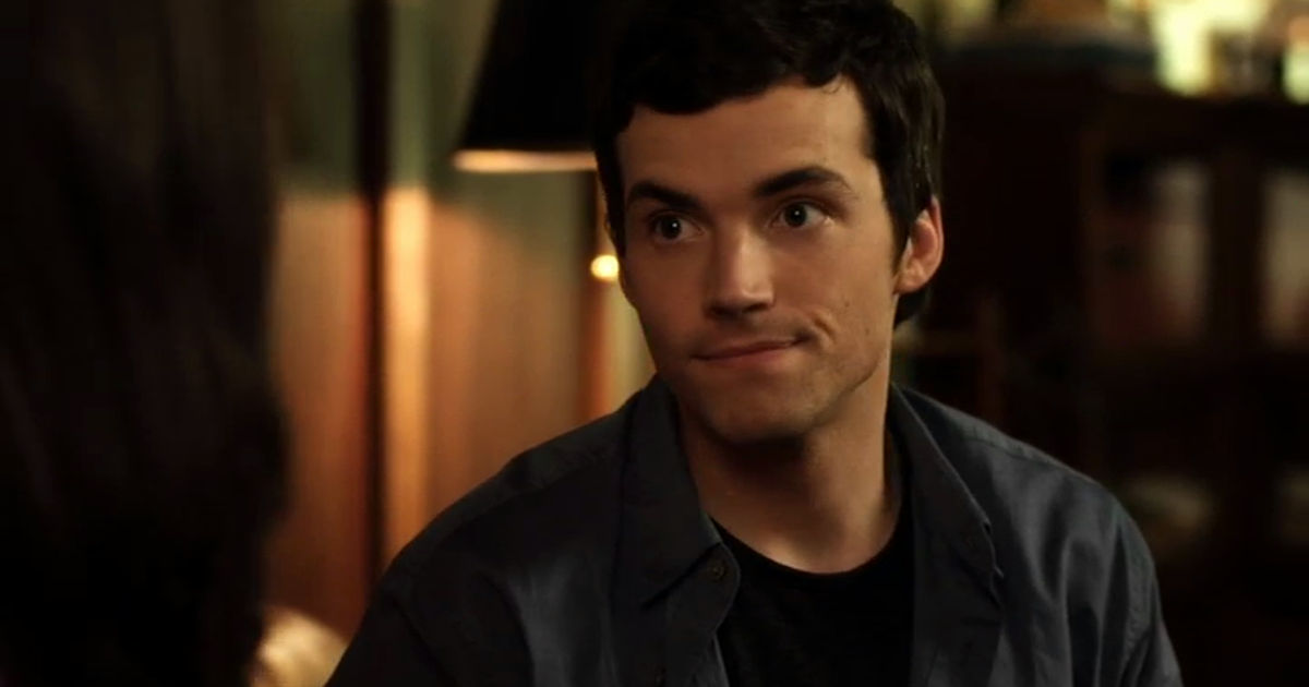 Pretty Little Liars - Nicole Wasn't The Only Ex Of Ezra's To Threaten His Relationship With Aria... - 1014