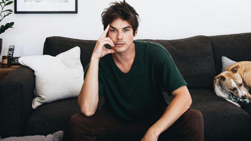 Pretty Little Liars - Happy Birthday Tyler Blackburn! Here Are 10 Reasons Why We Think He's Awesome! - Thumb
