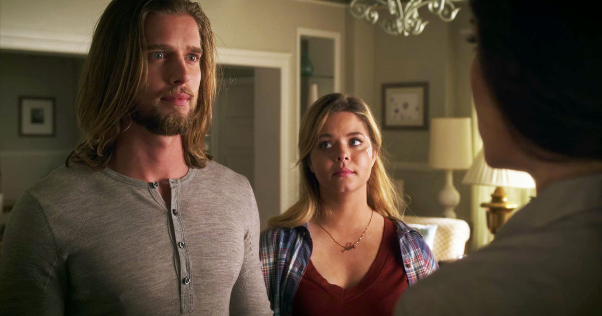 Pretty Little Liars - Remember Jason's Return In Season 2? We All Thought He Was Behind Alison's Murder! - 1010