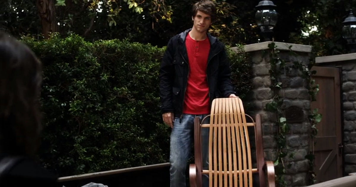 Pretty Little Liars - 12 Times The Liars Weren't The Only Ones Who Fell For The PLL Boys In Season 2 - 1011