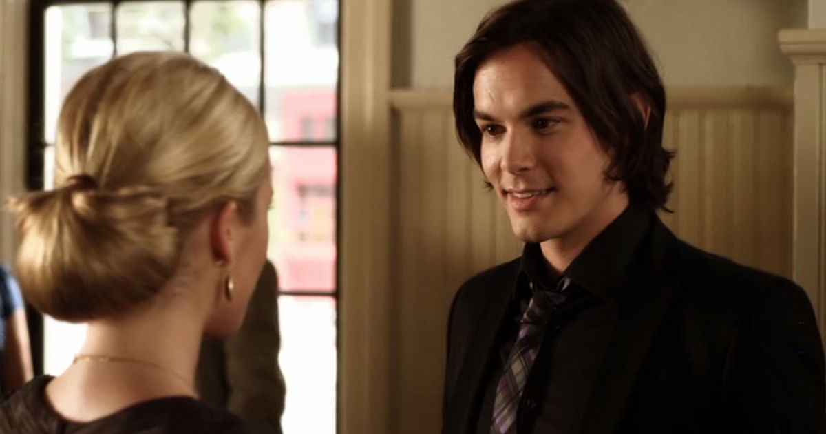 Pretty Little Liars - 12 Times The Liars Weren't The Only Ones Who Fell For The PLL Boys In Season 2 - 1003