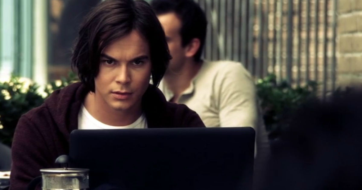 Pretty Little Liars - 9 Times Caleb Was A Complete Hero And Helped The Liars Without Knowing Why! - 1004