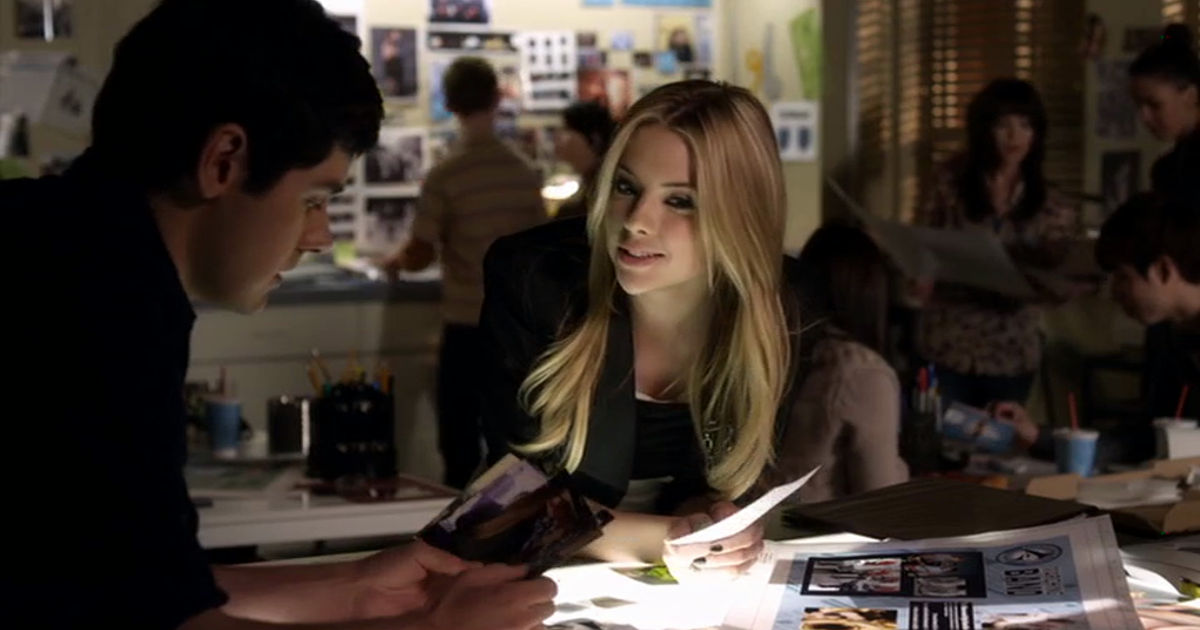 Pretty Little Liars - 8 Reasons We'd LOVE To Be Related to Hanna Marin! - 1002
