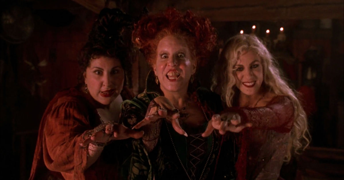 Pretty Little Liars - See Which PLL Star Has A Crazy Connection To Our Fave Halloween Movie, Hocus Pocus! - 1002