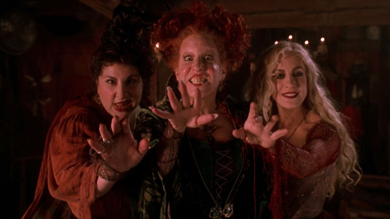 Pretty Little Liars - See Which PLL Star Has A Crazy Connection To Our Fave Halloween Movie, Hocus Pocus! - Thumb