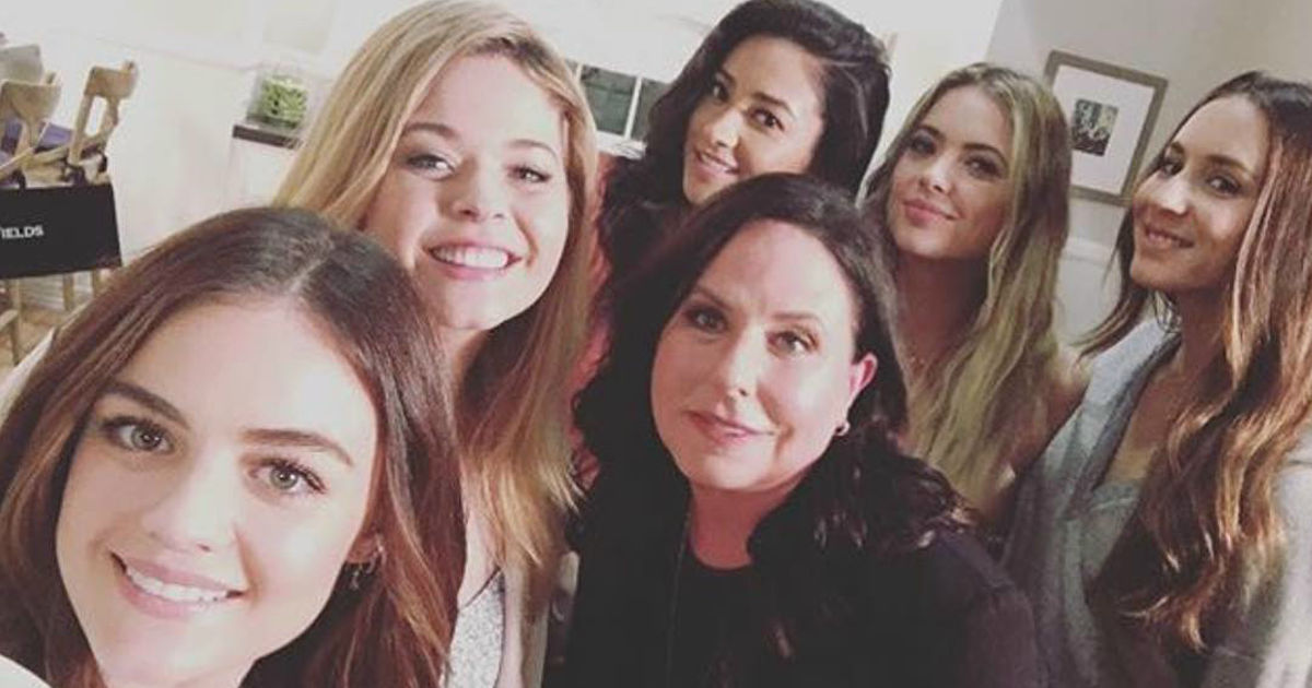 Pretty Little Liars - A Special Tell-All PLL After Show Is Set To Debut Following The Series Finale! - 1001