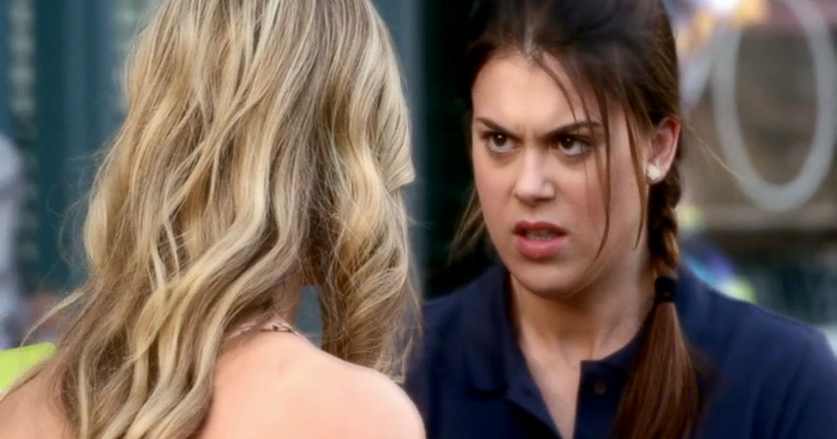 Pretty Little Liars - Could Paige Actually Be A.D.? Her Hate For Alison Goes WAY Back!  - 1008