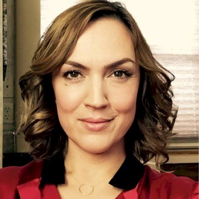 Pretty Little Liars - Lesley Fera
