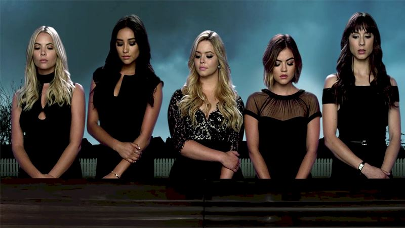 Pretty Little Liars - Throwback: Which High School Pretty Little Liar Were You? - Thumb