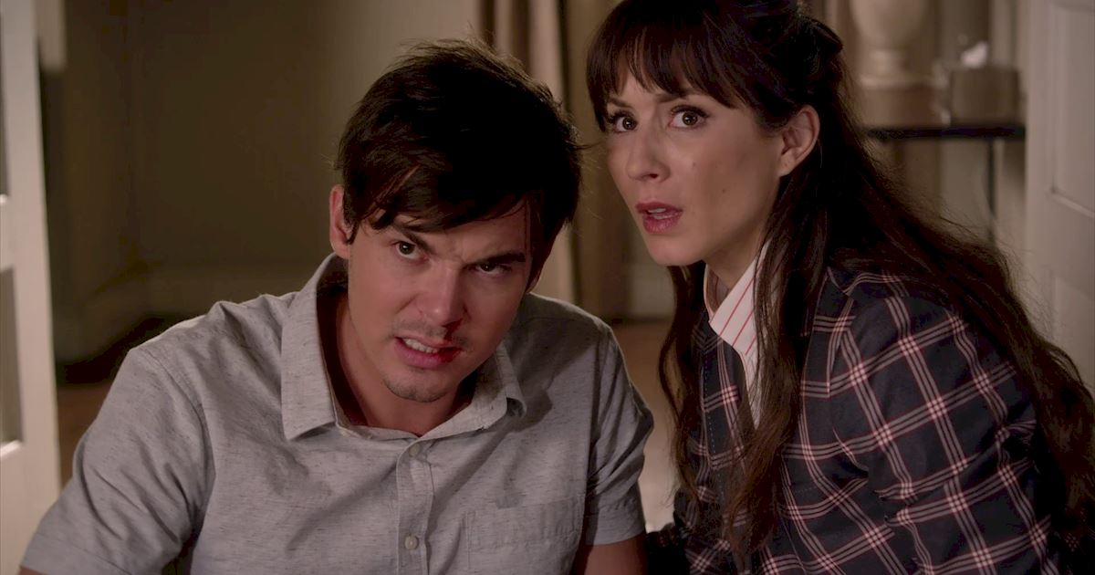 Pretty Little Liars - 14 Things You Might Have Missed From Episode 18! - 1006