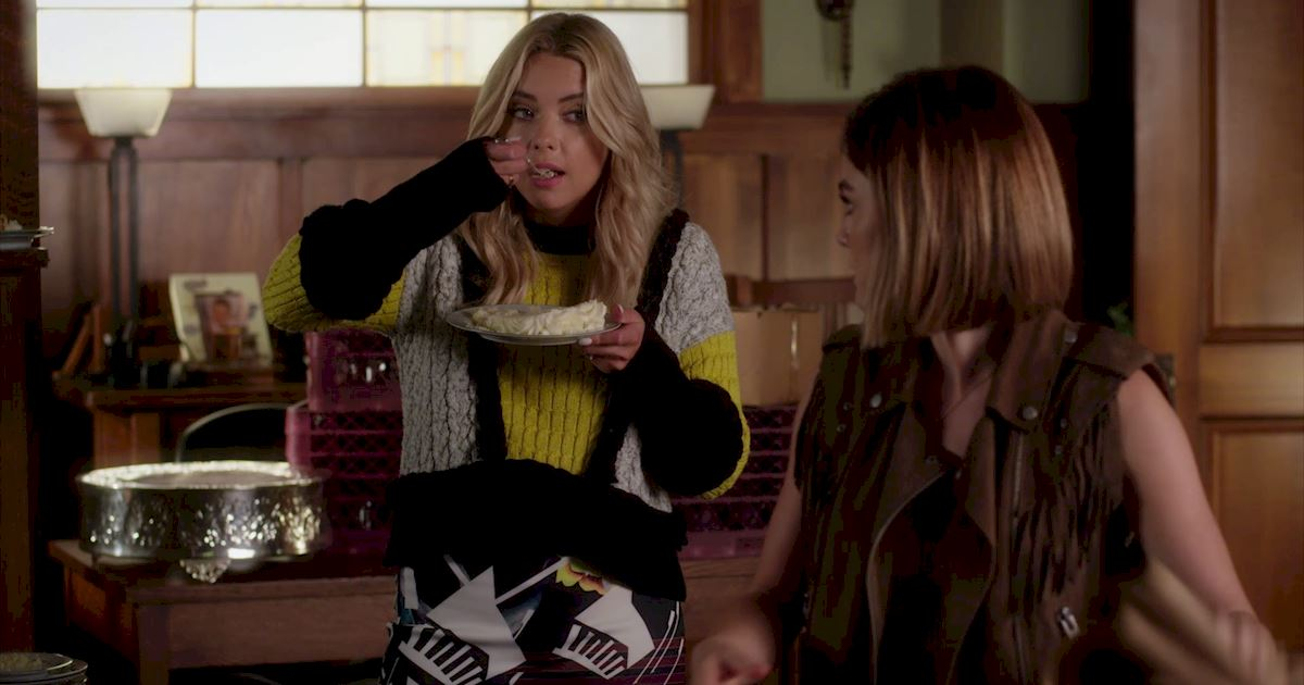 Pretty Little Liars - 19 Amazing Things We Learned From Episode 18  - 1001