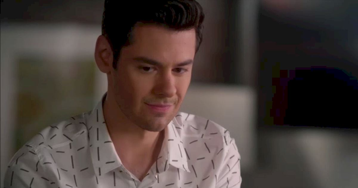 Pretty Little Liars - Exclusive Episode 19 Sneak Peek: Are Hanna And Jordan In Trouble? - 1003