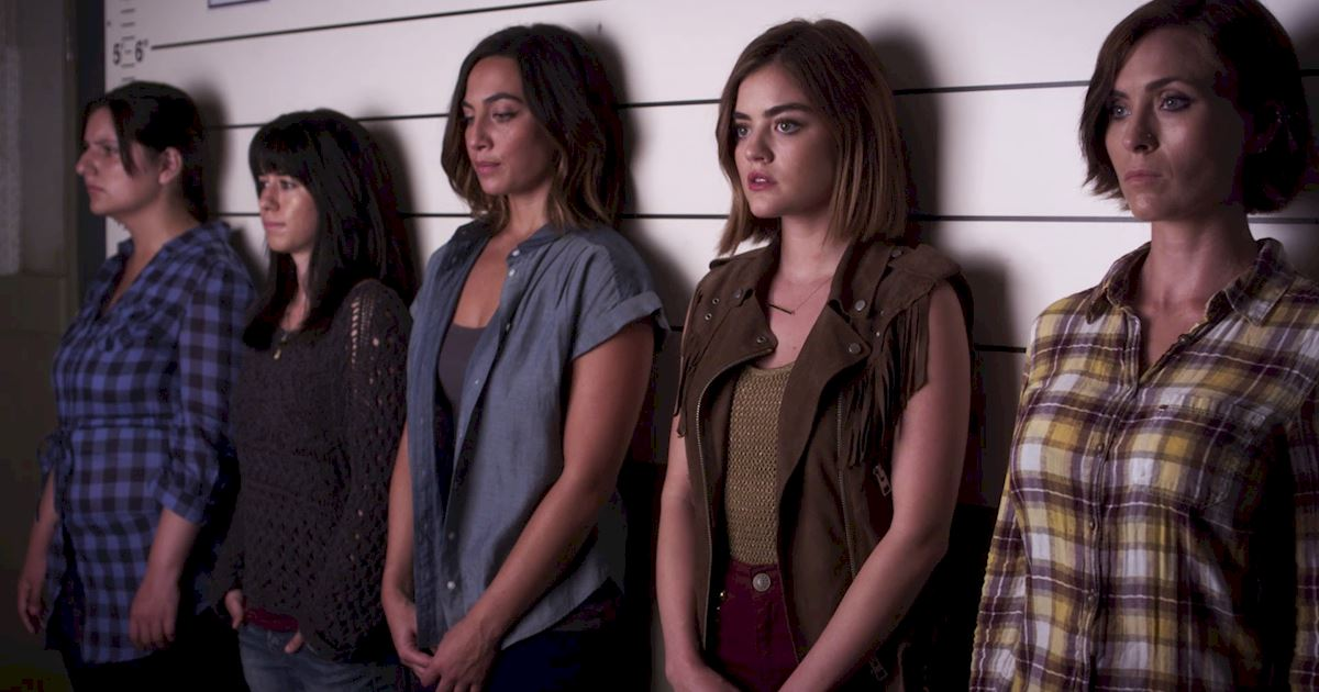 Pretty Little Liars - 3 Times We All Had PLL Wardrobe Envy In Episode 18! - 1005