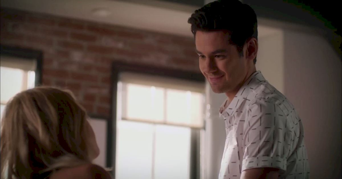 Pretty Little Liars - Exclusive Episode 19 Sneak Peek: Are Hanna And Jordan In Trouble? - 1010