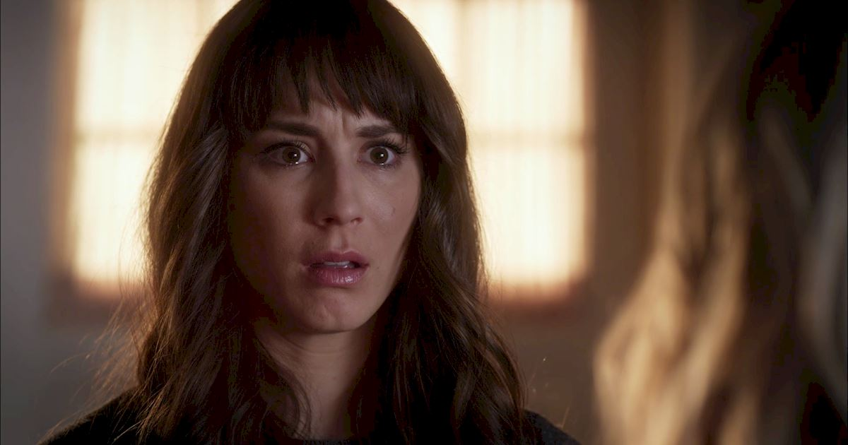 Pretty Little Liars - Your Official Recap For Episode 19: Did You Miss Me? - 1009