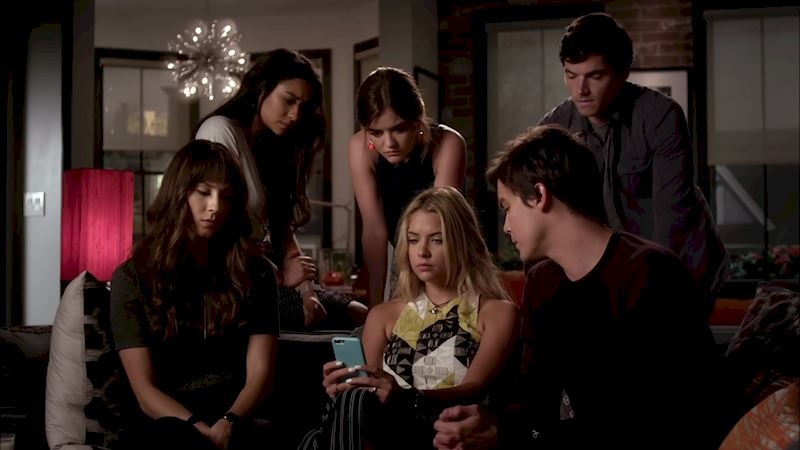 Pretty Little Liars - FINALE: Watch the Live Video Chat with the Cast and Marlene King Here!  - Thumb
