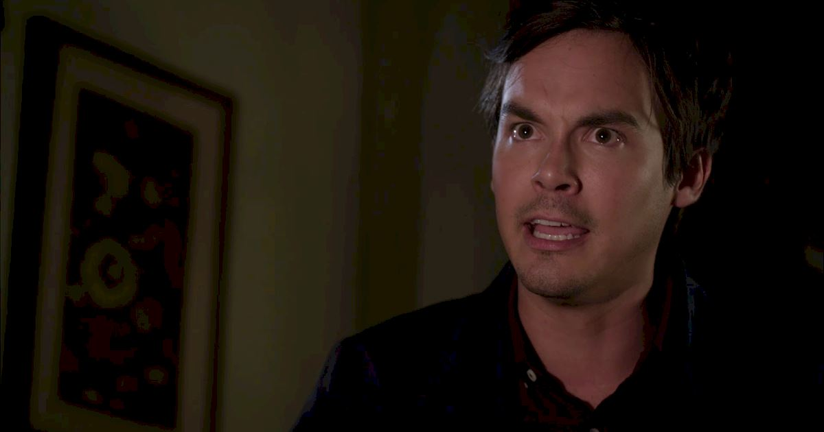Pretty Little Liars - 23 Things You Might Have Missed In The PLL Finale! - 1023