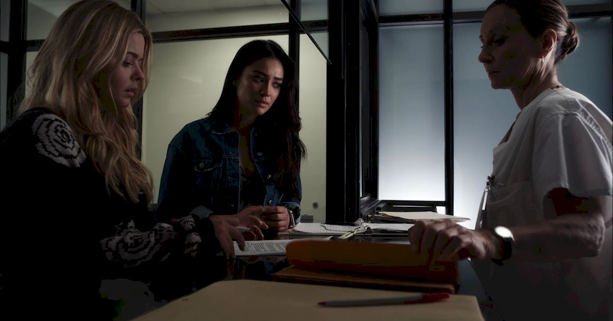 Pretty Little Liars - Your Official Finale Recap For Episode 20: Hush...Hush, Sweet Liars - 1023