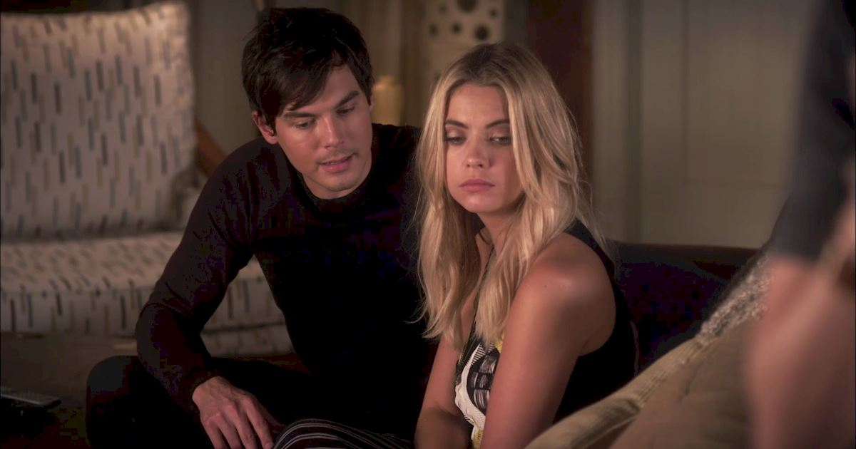 Pretty Little Liars - 16 Times The Liars Understood Your Awkward Flirting Moments - 1014