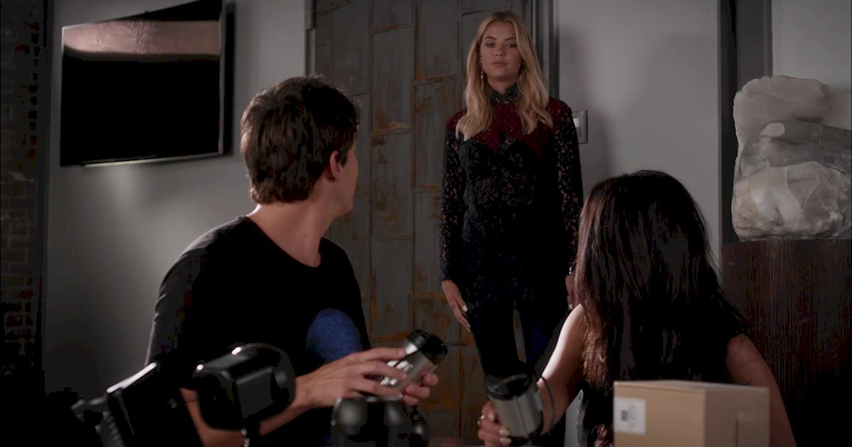 Pretty Little Liars - 3 Times We All Had PLL Wardrobe Envy! - 1002