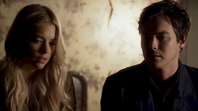 Pretty Little Liars - Find All Of The Amazing Music From The PLL Finale Right Here! - Thumb