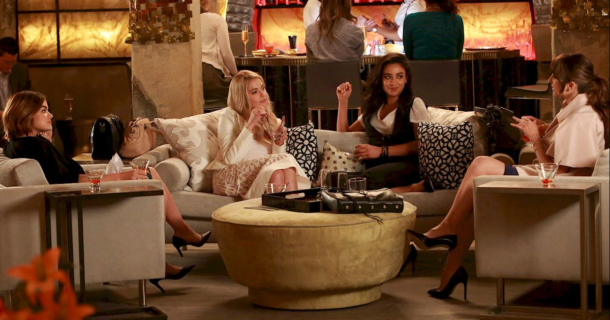 Pretty Little Liars - 14 Things You Can Do Now That PLL Isn't Airing Each Week  - 1006