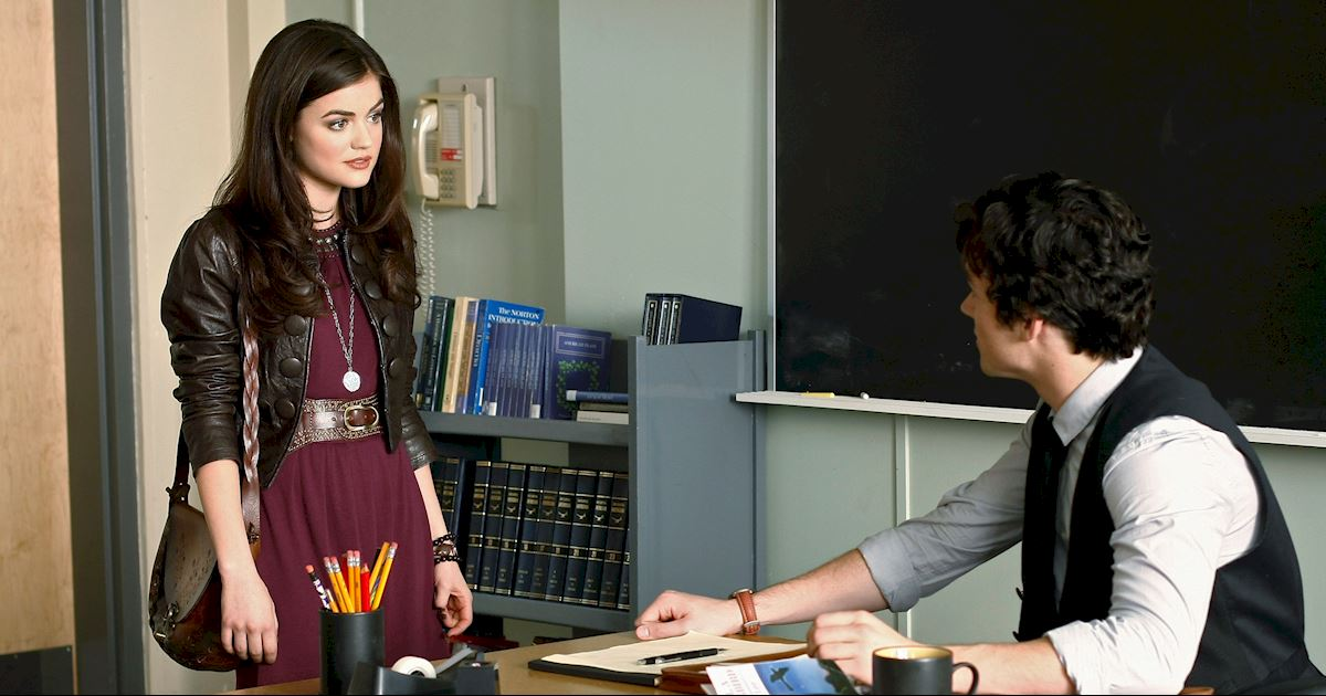 Pretty Little Liars - Aria Montgomery's Fashion Evolution! - 1001