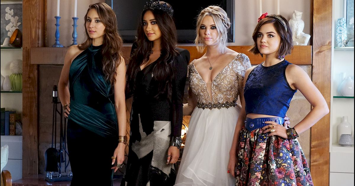 Pretty Little Liars - Aria Montgomery's Fashion Evolution! - 1011